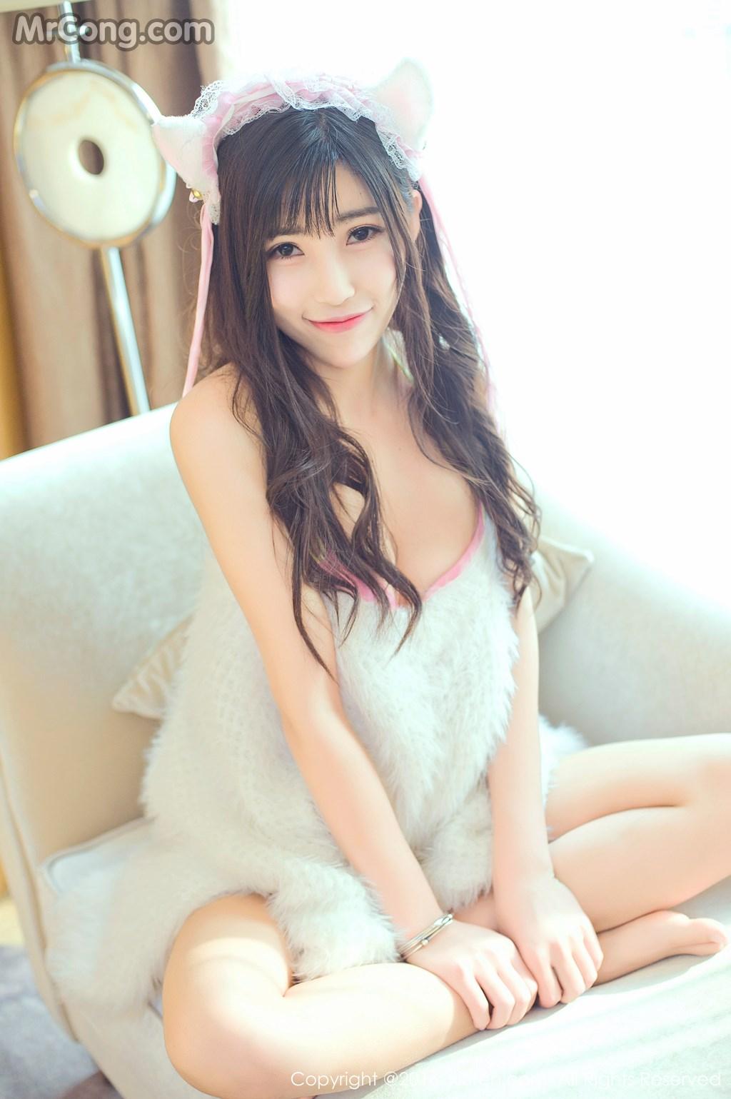 Image MrCong.com-XIUREN-No.649-You-You-YOYO-004 in post XIUREN No.649: Người mẫu You You (悠悠YOYO) (61 ảnh)