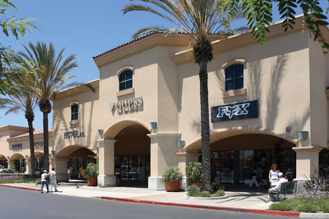 outlet store in california
