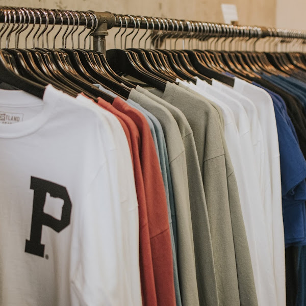 Mengawali Bisnis Sablon : Manfaatkan Layanan Jasa Kaos Satuan Sekitat Anda