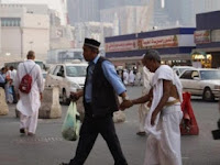 Bisa Berbahasa Arab dan Inggris : Sebuah Tuntutan Bagi Petugas Kesehatan Haji