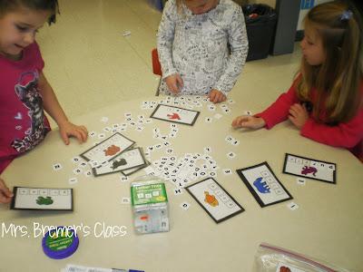 Brown Bear story activities and color word Kindergarten centers