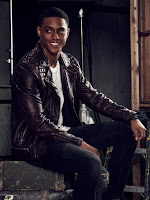Famous In Love Keith Powers Image 1 (26)