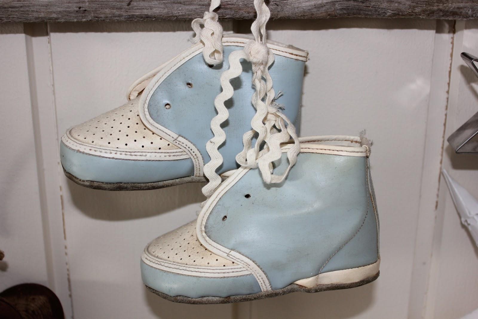 Velkommen til Bestemorshus: Husbondens sko....