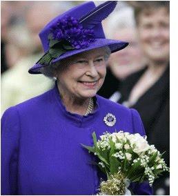 Resultado de imagem para ultra violet rainha elizabeth