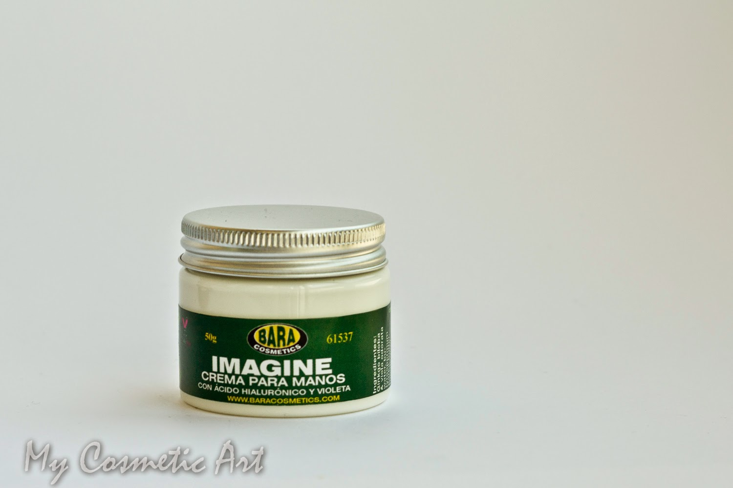 Imagine, la crema de manos de Bara Cosmetics.