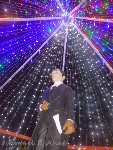 Jose Rizal under lights in Kahayag Festival