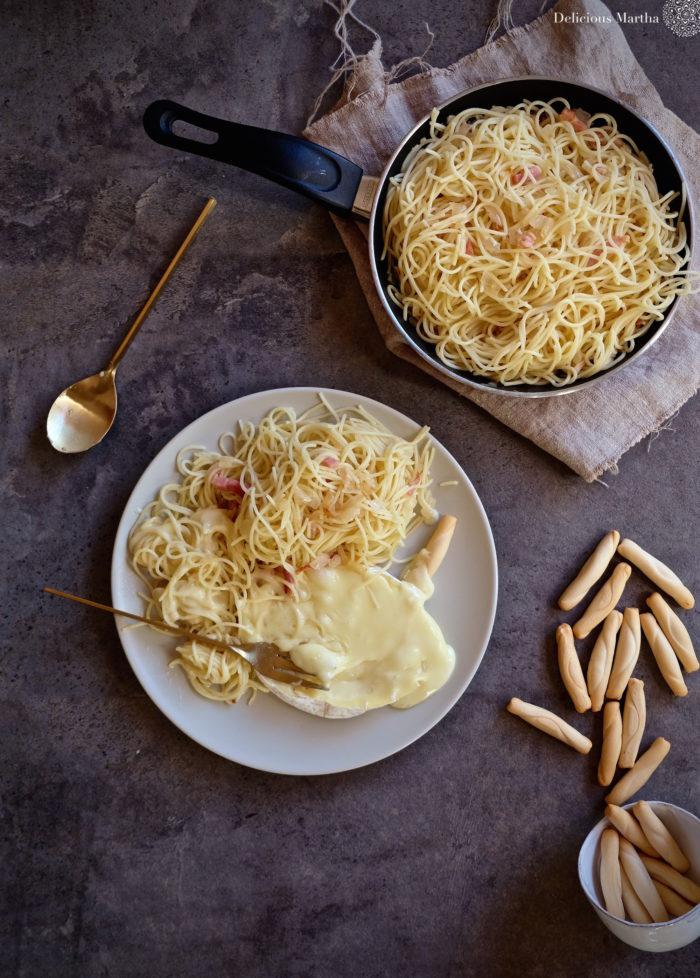 PUNTXET Receta de spaguettis con fondue de camembert