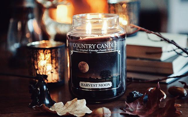 W klimacie Halloween - Harvest Moon Country Candle - Czytaj więcej »
