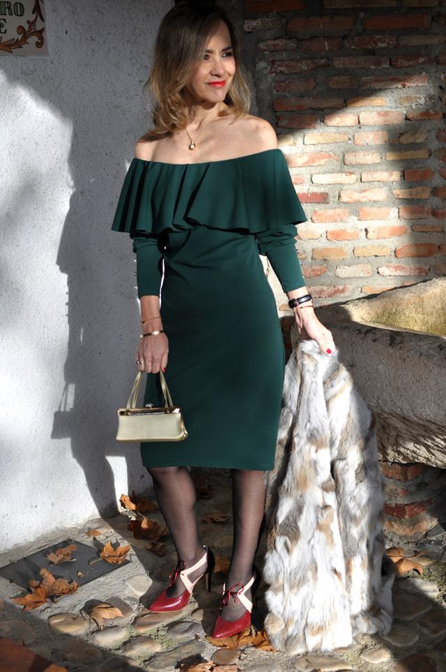 off the shoulder dress Almatrichi