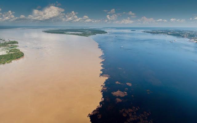 Encontro Rio Negro e Solimões - Manaus