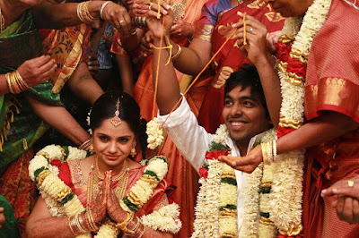 GV-Peakash-Saindhavi-Marriage-Stills-665x00006292013x