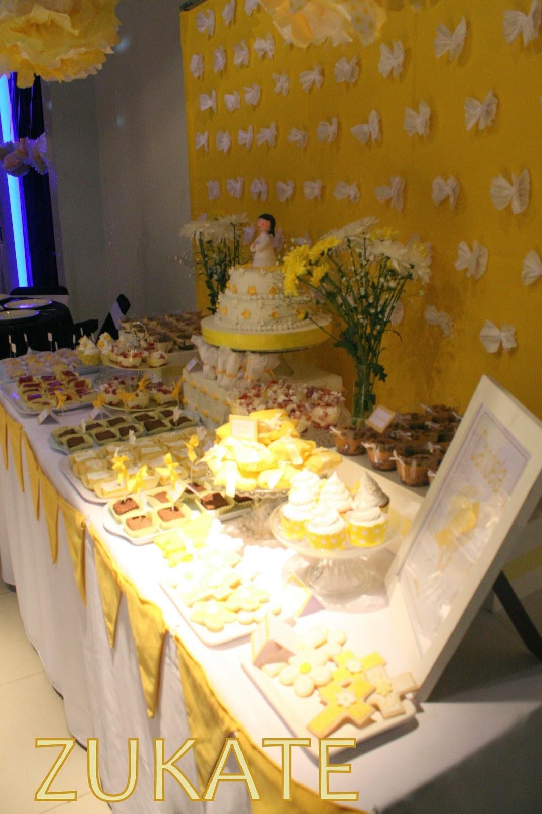 Fiesta de primera comuni n para candela zukate - Mesas decoradas para comunion ...