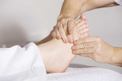 Massaging These Powerful Points on Your Feet can Change Your Life: WikiHealthBlog