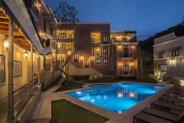 Located in Guanajuato, Villa Maria Cristina has 38 luxury Suites including one private contemporary style villa. Small Luxury Hotels of the World member.