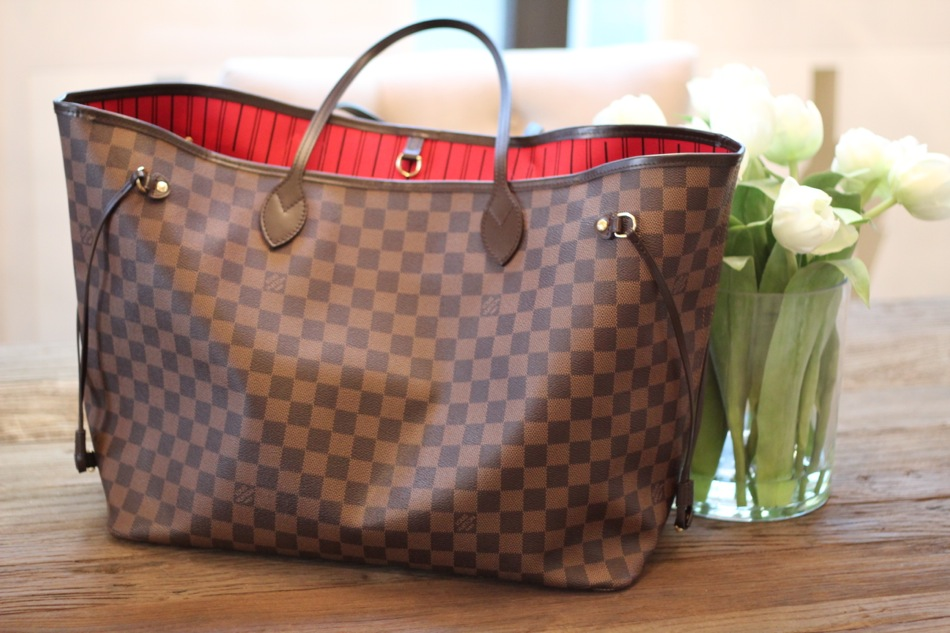 1897814a56ee Worth It  Bag Organizers. When I purchased my Louis Vuitton Neverfull ...