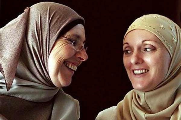 http://3.bp.blogspot.com/-thzjWfT7GGc/VI85a83lMRI/AAAAAAAAAxI/MiiIZtWiMsM/s1600/dua-muslimah.jpg