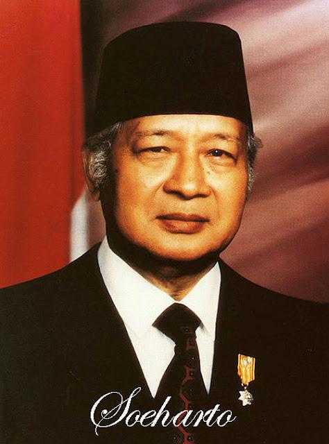 Ayahnya berjulukan Kertorejo alias Kertosudiro Sekilas Tentang Soeharto (29 Maret 1968 - 21 Mei 1998)