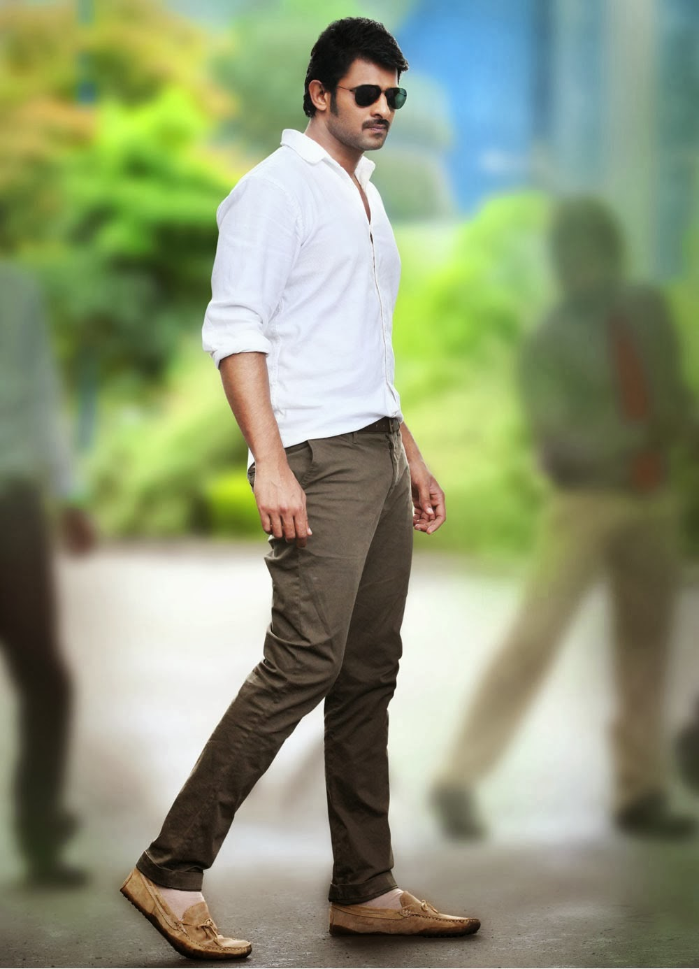 Prabhas Biography Profile Details Age Date Of Birth Father Mother Family Favorites