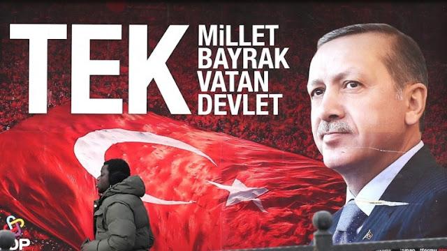 Απειλεί πάλι, με όχημα τους πρόσφυγες, την Ευρώπη ο Ερντογάν, μετά το δημοψήφισμα