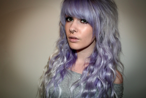 BloodyPancakes: the light purple hair