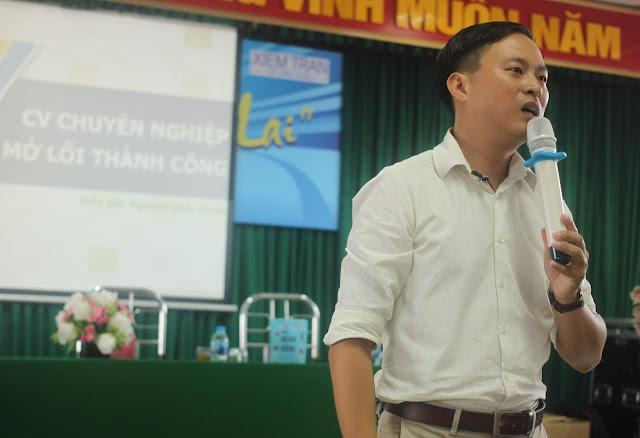 [NK] Diễn giả Nguyễn Quốc Chiến chia sẻ tại trường Đại học Điện lực