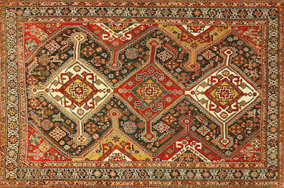 There are of two types: nomadic and city woven carpets.