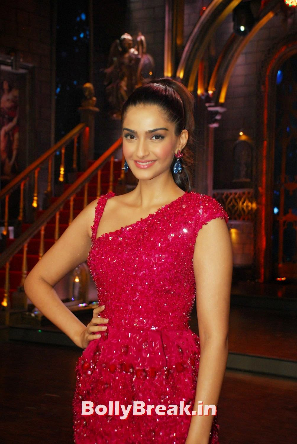 Sonam Kapoor In Red Dress - Hot Images - 11 Pics-6574