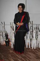 Sonam Kapoor Soha Ali Khan Konkona Sharma at Raw Mango store launch March 2017 017.JPG