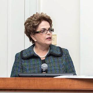 """Dilma diz que: """"Me preocupa que prendam o Lula"""" em conferencia nos EUA"""