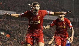 Steven Gerrard anunciou a sua aposentadoria dos gramados