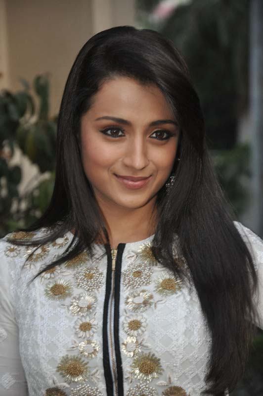 Trisha Latest Hot Face Close Up Photos