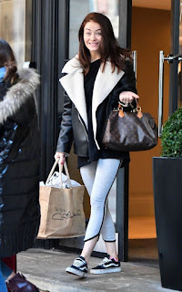 Jess Impiazzi Leaves Her Hotel In Manchester