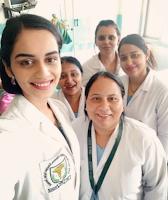 Foto Manushi Chhillar sebagai Mahasiswa Kedokteran