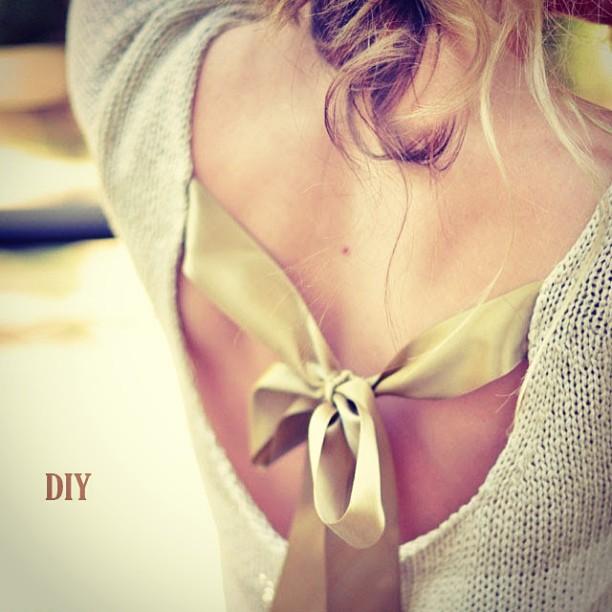 DIY bow Back Sweater