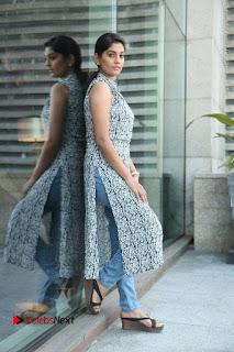 Telugu Television Actress Karuna Latest Pos In Denium Jeans  0084.JPG