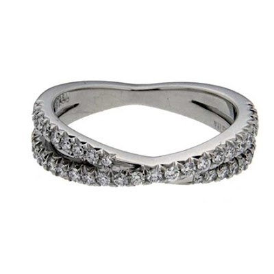 Renewing Vows with Diamond Anniversary Bands