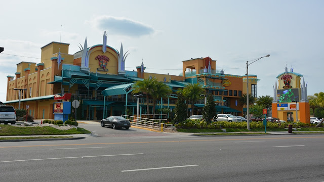 International Drive Orlando Mango