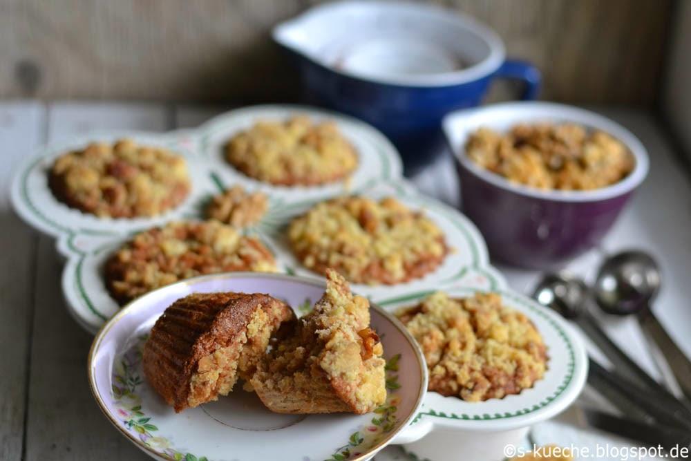 Walnuss Apfel Muffins mit Streuseln