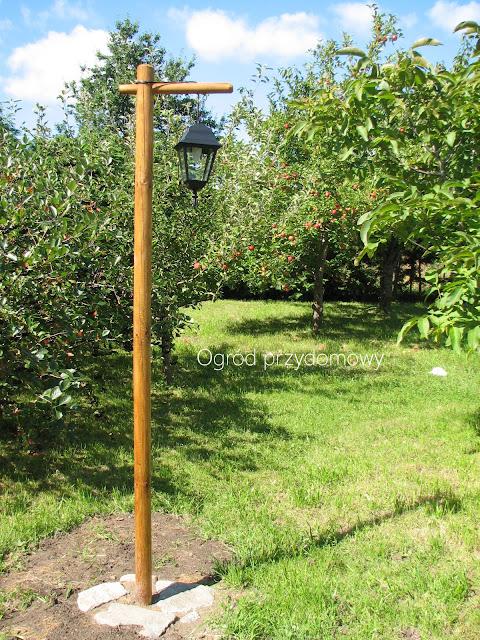 kampa ogrodowa, ogród przydomowy, dekoracje ogrodowe
