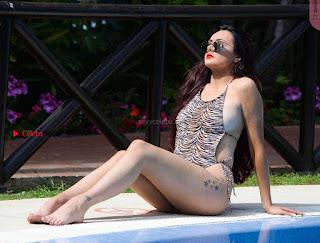 Sarah-Goodhart-In-Swimwear-On-holiday-in-Marbella-10+%7E+SexyCelebs.in+Exclusive.jpg