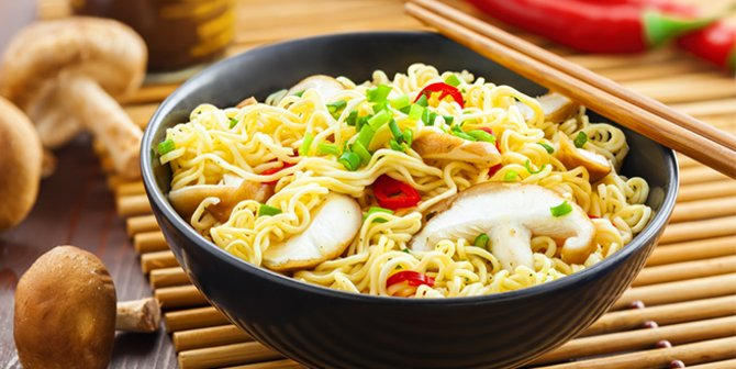 Hanya Makan Mi Instan Selama 3 Minggu, dan Inilah yang Terjadi