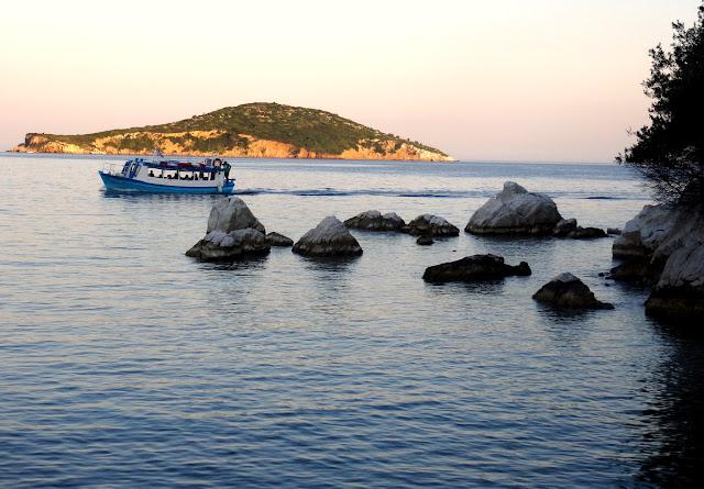 Ferry in Skiathos