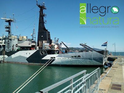 AllegroNatura climb aboard the Sea Shepherd !