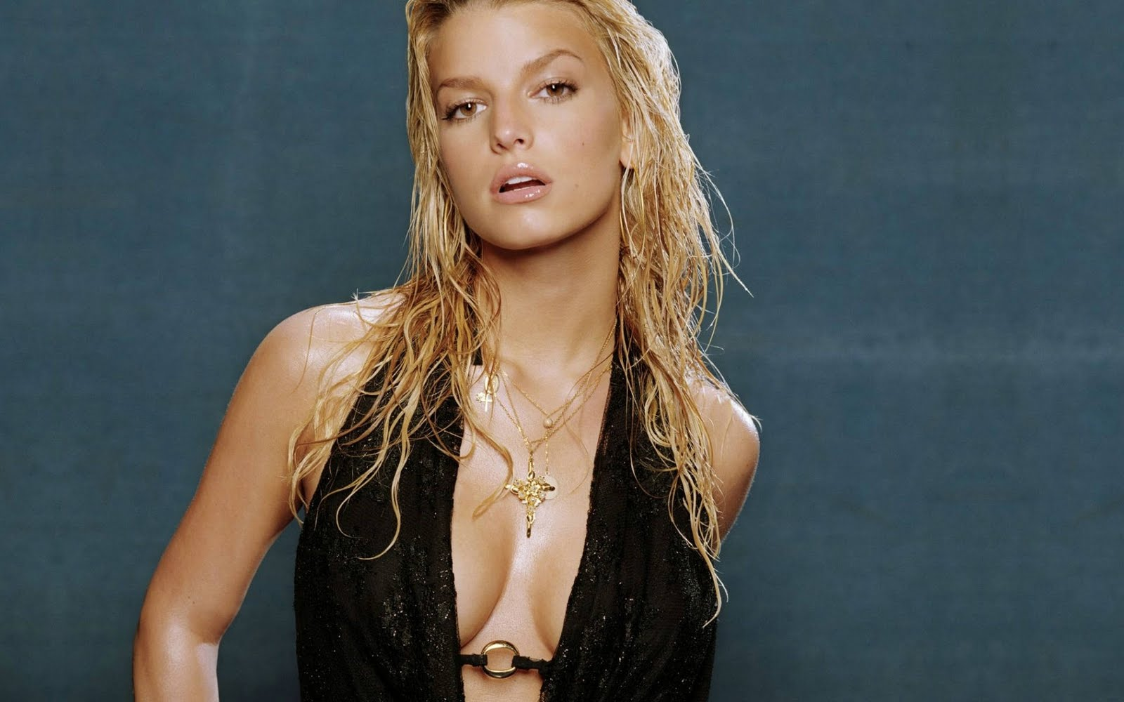 Jessica simpson pics images and wallpapers hollywood - Celeb wallpapers ...