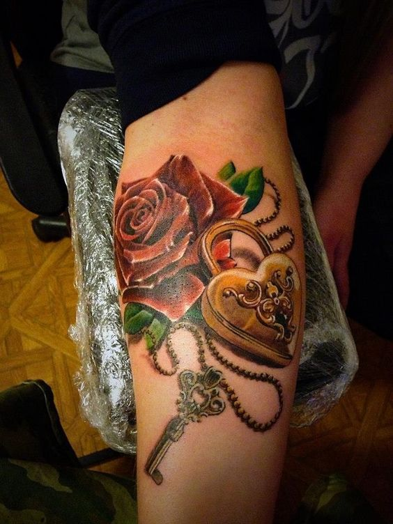 10 Fabulous Lock and Key Tattoo Ideas with Meanings