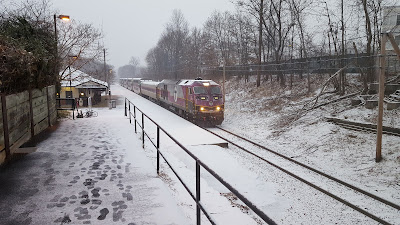 MBTA commuter rail train at Franklin/Dean Station