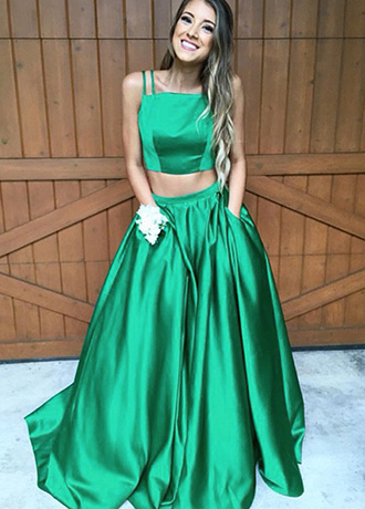 How To Pull Off A Look That Will Make You A Prom Queen