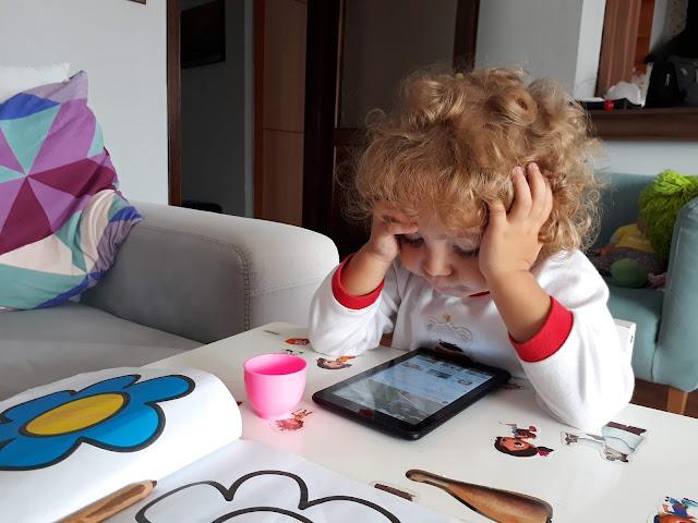 """Sevgili Torunum """"Selin Özgök'e Hitaben, Ülke ve halkımızın, 23 Nisan Ulusal Egemenlik ve Çocuk Bayramını kutların."""