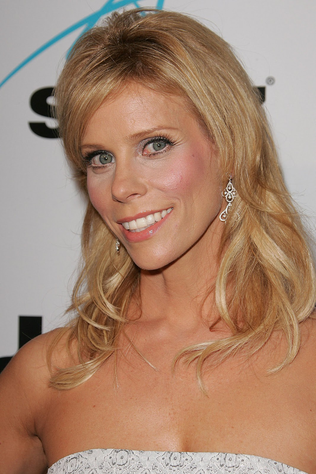 Cheryl Hines Photos | Tv Series Posters and Cast