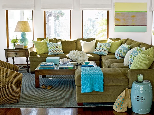 Dwellings By Devore Pillow Placement On A Sectional